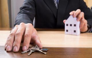 La comunidad de propietarios (III). Obligaciones y actividades prohibidas.
